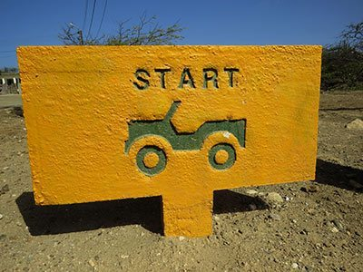 The sign for the start of the driving trail of Bara di Karta on Bonaire.