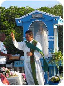 Holy Mass is celebrated on the shore.