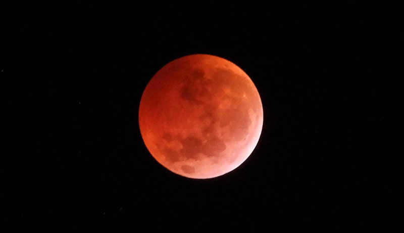 Blood Moons, Why the Moon Turns Red in Lunar Eclipses