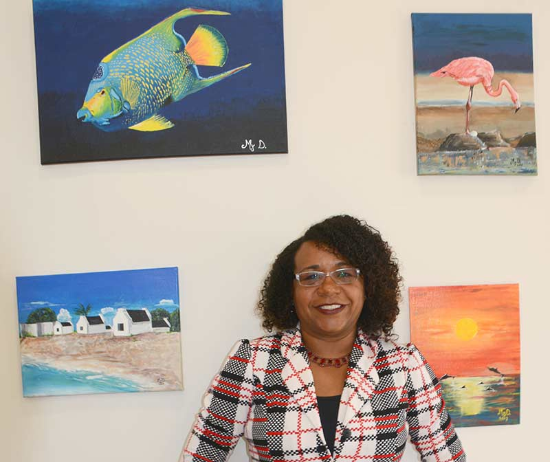 Art Exhibition of Mrs. Maideline Hooi Martijn Opens at Tourism Corporation Bonaire